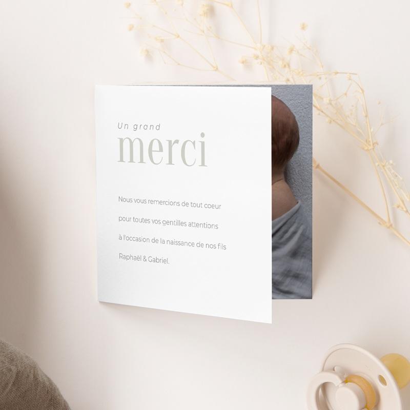 Carte de Remerciement Naissance Multiphotos Jumeaux, 2 volets gratuit