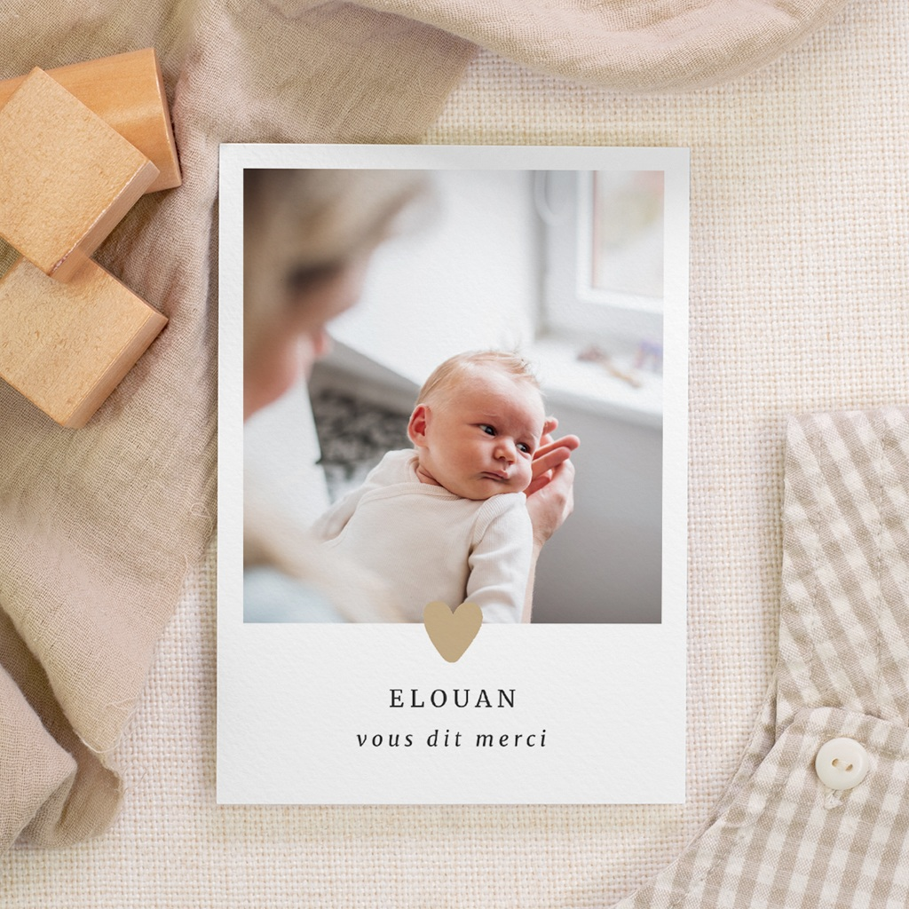 Carte de Remerciement Naissance Coeur minimaliste & Dorure