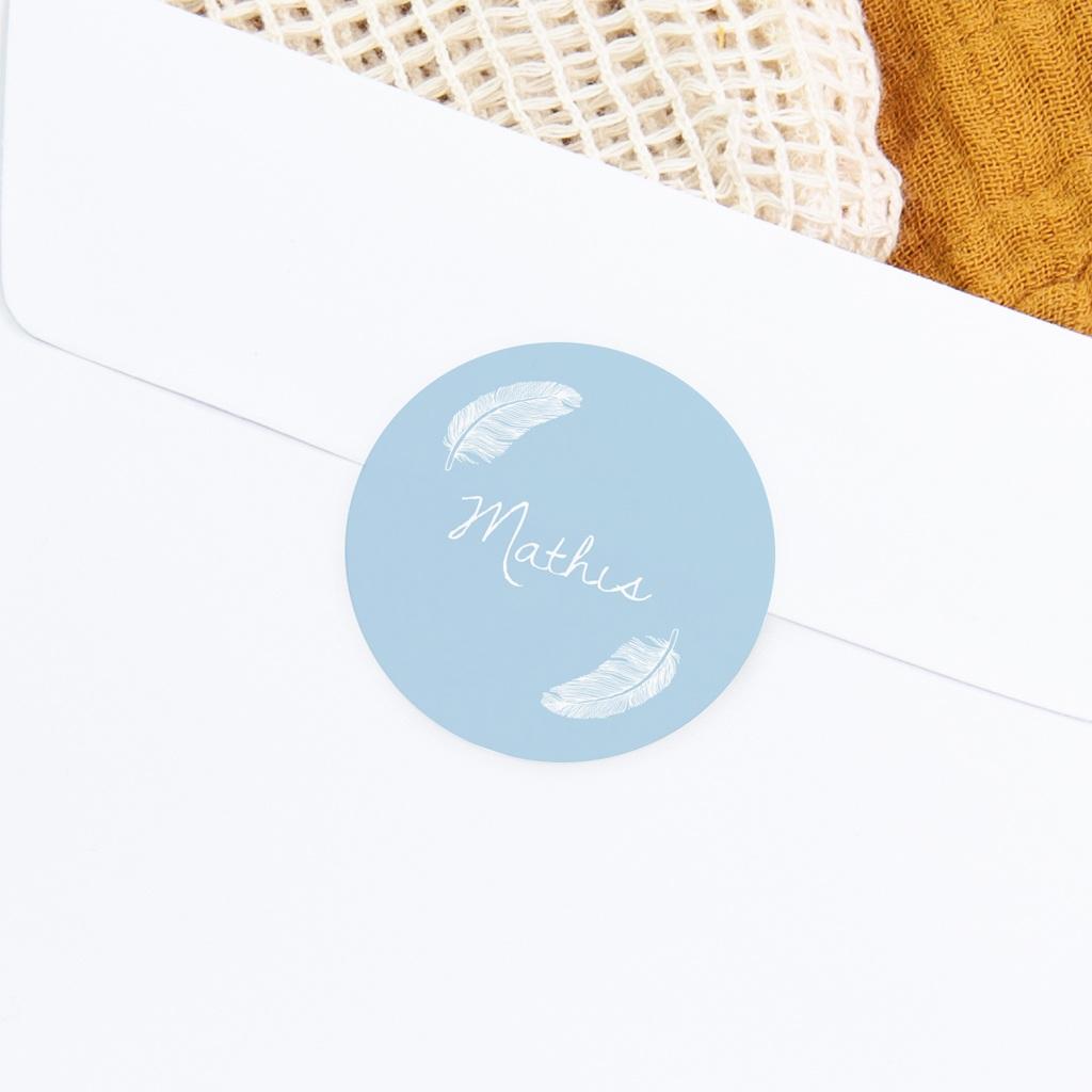 Sticker Enveloppe Naissance Douces plumes bleu pastel gratuit