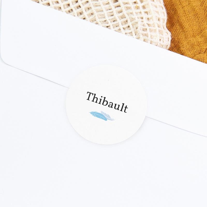 Sticker Enveloppe Naissance Plumes Bleues, prénom gratuit