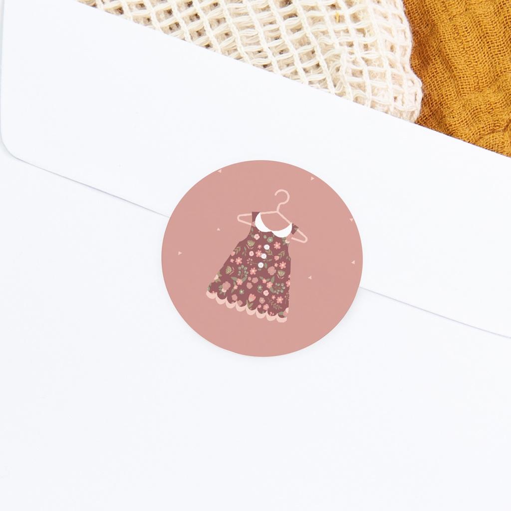 Sticker Enveloppe Naissance Petite Robe, rose poudré gratuit