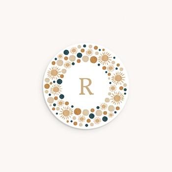 Sticker Enveloppe Naissance Couronne de soleils, arcs en ciel et initiale original