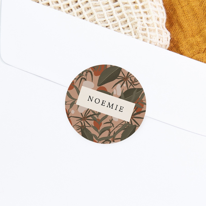 Sticker Enveloppe Naissance Prénom d'une aventurière, Jungle, 4,5 cm gratuit