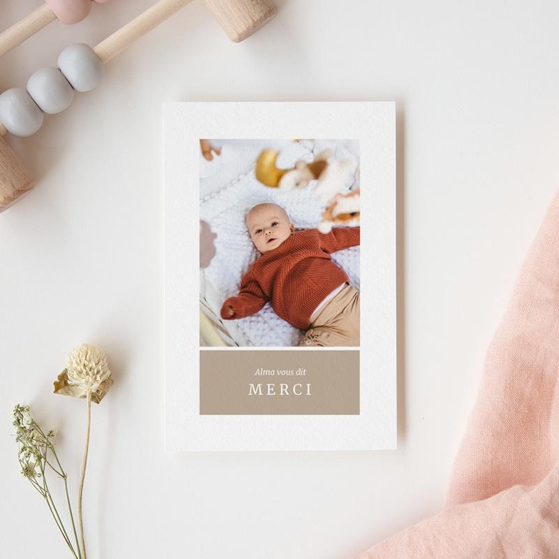 Carte de Remerciement Naissance Multiphoto Beige Rosé gratuit