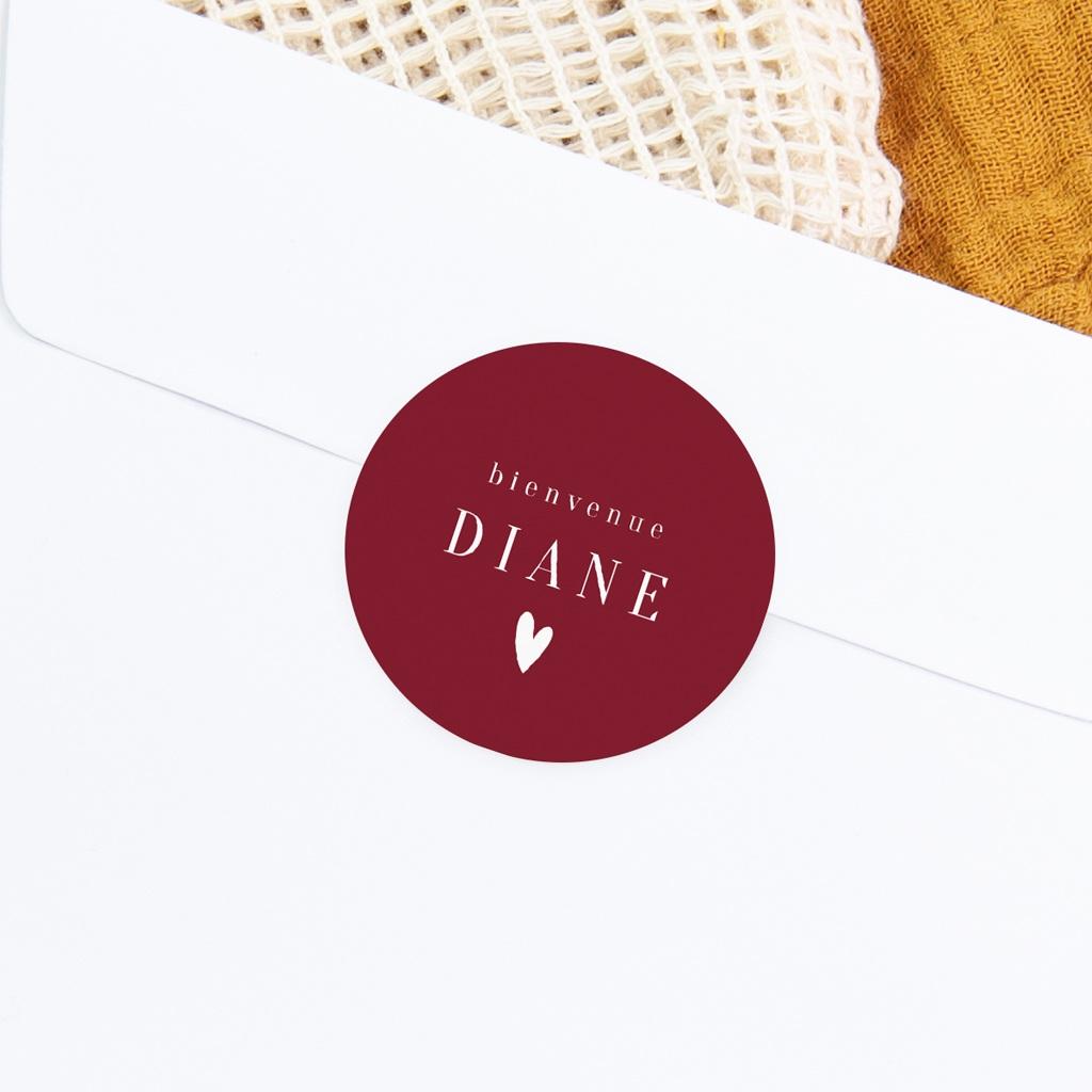 Sticker Enveloppe Naissance Prénom fond rouge, Petit coeur, 4,5 cm gratuit