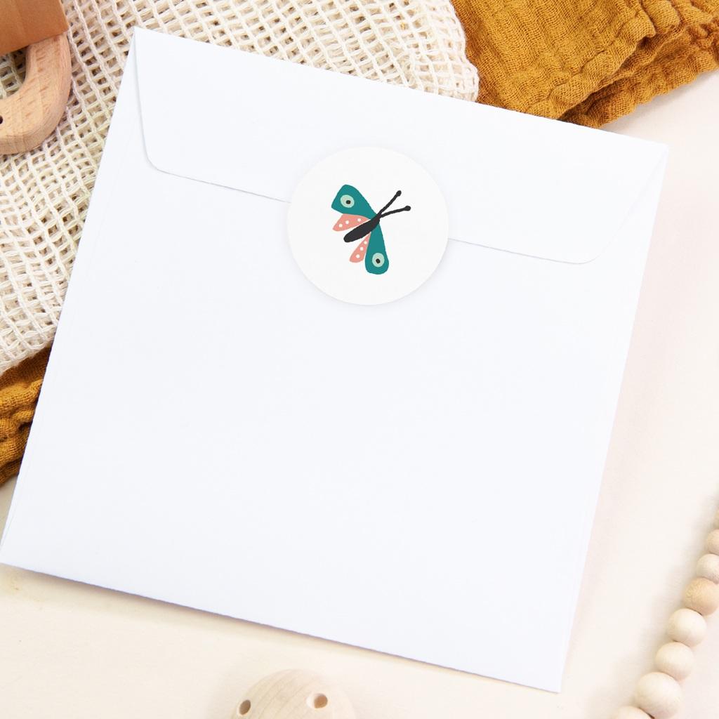 Sticker Enveloppe Baptême Papillon coloré, 4,5 cm pas cher