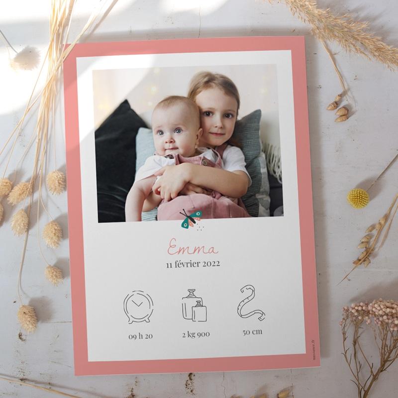 Affiche Déco Chambre Enfant Papillons Colorés, bordure rose gratuit