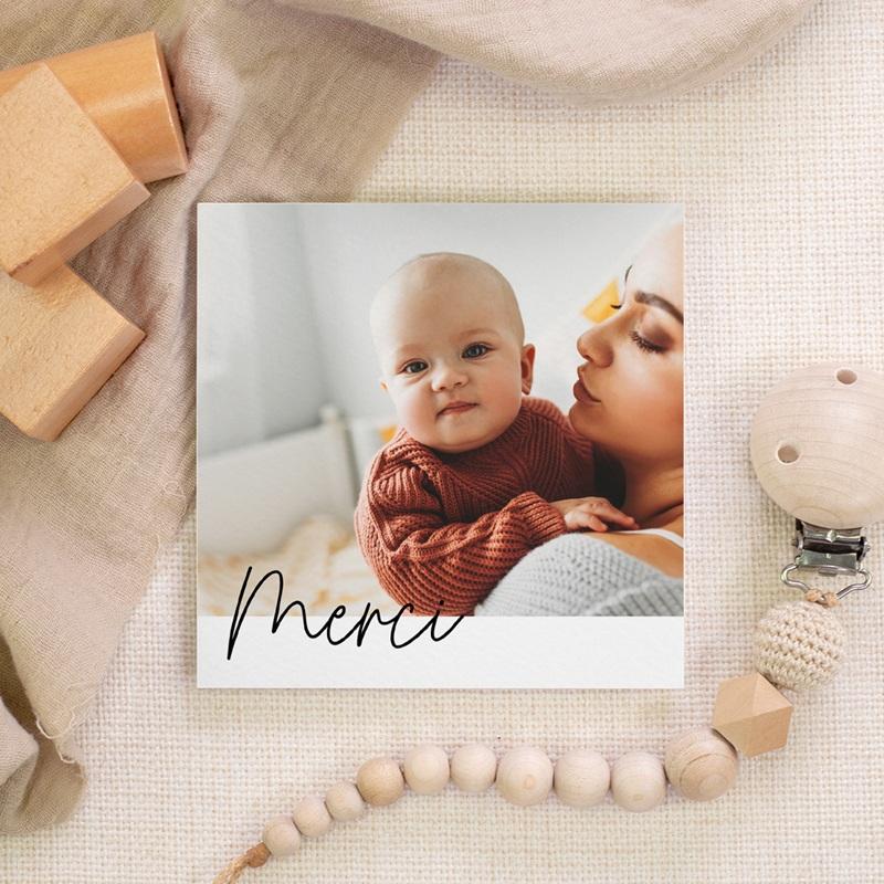 Carte de Remerciement Naissance Petite Typo Script gratuit